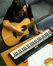 Korg announces MicroStation small piano keyboard | IGM